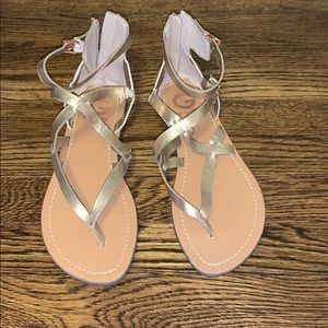 NEW rose gold Guess sandals